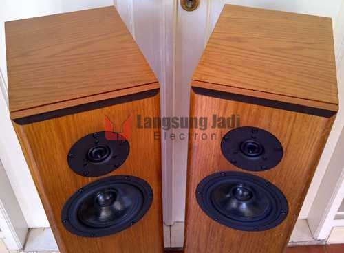 LJ 702-TL The Piano 7 Loudspeaker -zoom top